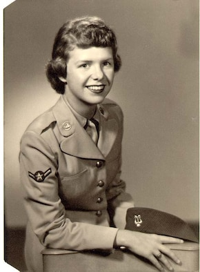 Then, Airman 3rd Class Beverly Richards, served as a clarinetist in the Women in the Air Force Band from 1956 to 1959. Mrs. Passwaters attended the U.S. Air Force Band of the Golden West performance June 8, 2014, in Corvallis, Oregon. (Courtesy photo)