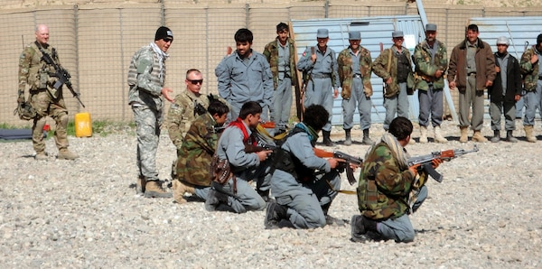 Afghanistan Guard Members Conduct Joint Training With Afghan