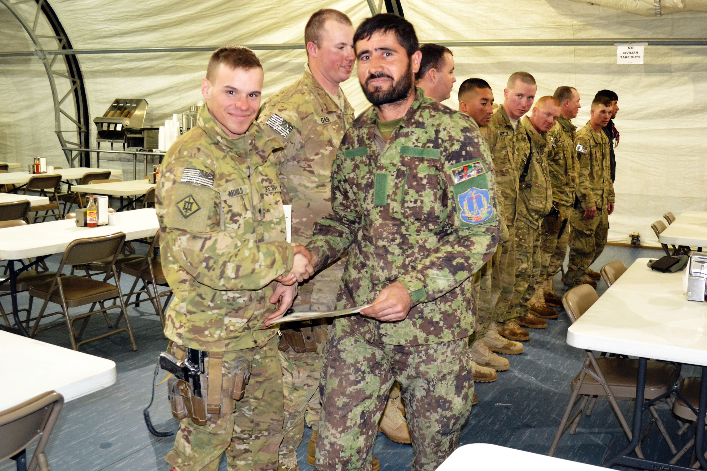 Illinois, Texas Guards certify Afghan National Army ...