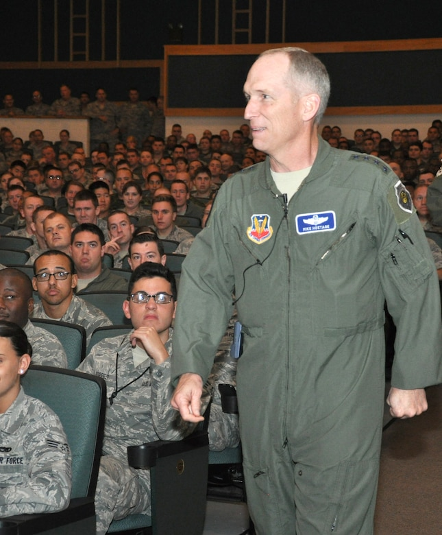 Gen. Mike Hostage, commander of Air Combat Command, prepares to speak to members of the 552nd Air Control Wing during an All Call at the Team Tinker auditorium June 18. The general talked about changes in the Air Force promotion process, force shaping initiatives and the future of the Air Force as it copes with sequestration. (Air Force photo by Darren D. Heusel)