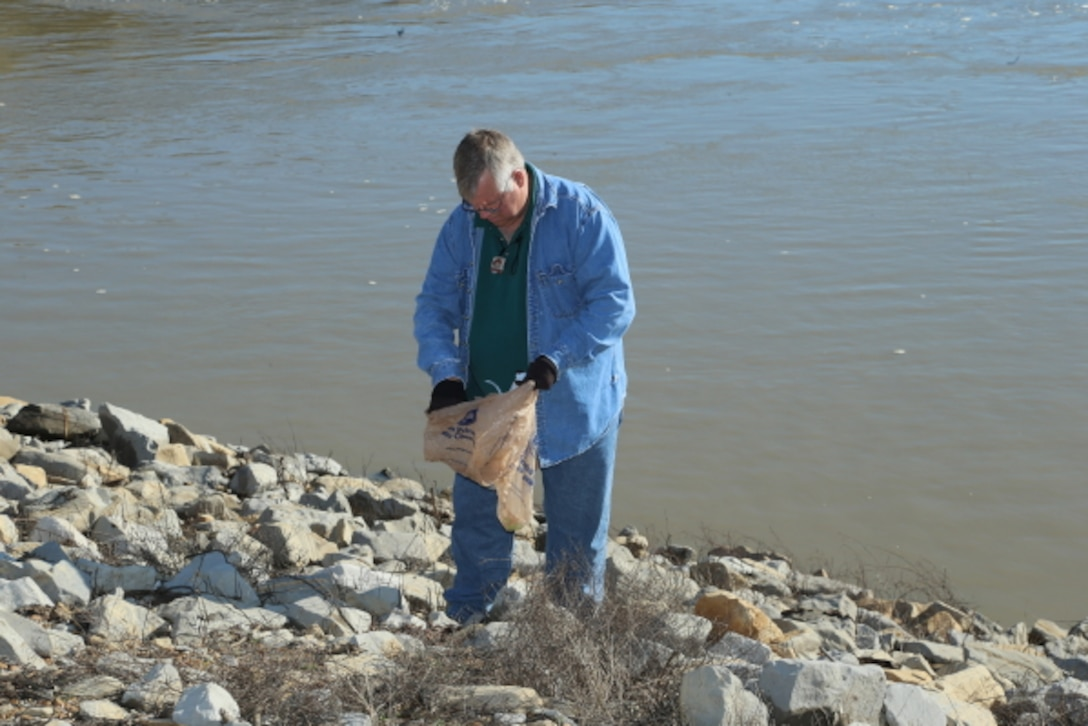 Regulatory employees at the Steele Bayou Drainage Control Structure participated in a clean up day. (shown Arel Simpson)