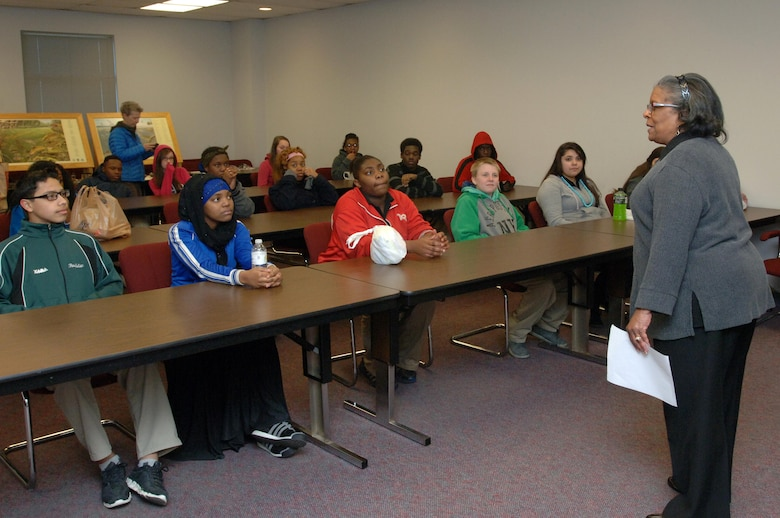 Carol Haynes, U.S. Army Corps of Engineers Nashville District Equal Employment Opportunity chief, speaks to Stratford STEM Magnet High School freshmen about the many career opportunities with the Corps during their field trip to Old Hickory Dam Feb. 27, 2014.