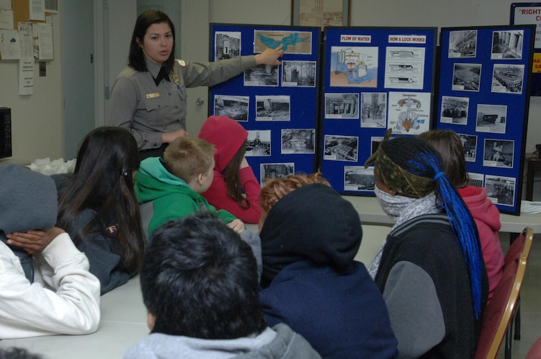 Old Hickory Lake Park Ranger Amy Redmond of the U.S. Army Corps of Engineers Nashville District talks to Stratford STEM Magnet High School freshmen Feb. 27, 2014 about the hydropower mission at Old Hickory Dam.