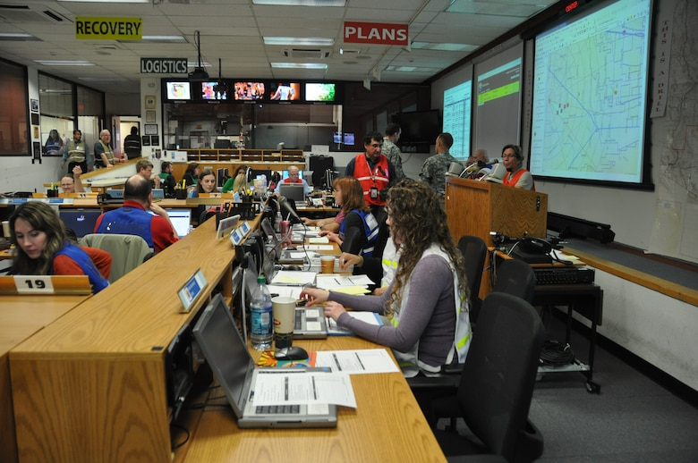 Federal, state and county officials manage simulated response efforts from Arizona's Emergency Operations Center in Phoenix during an annual Palo Verde Nuclear Generating Station emergency exercise Feb. 5. (U.S. National Guard photo by Army Sgt. Lauren Twigg)