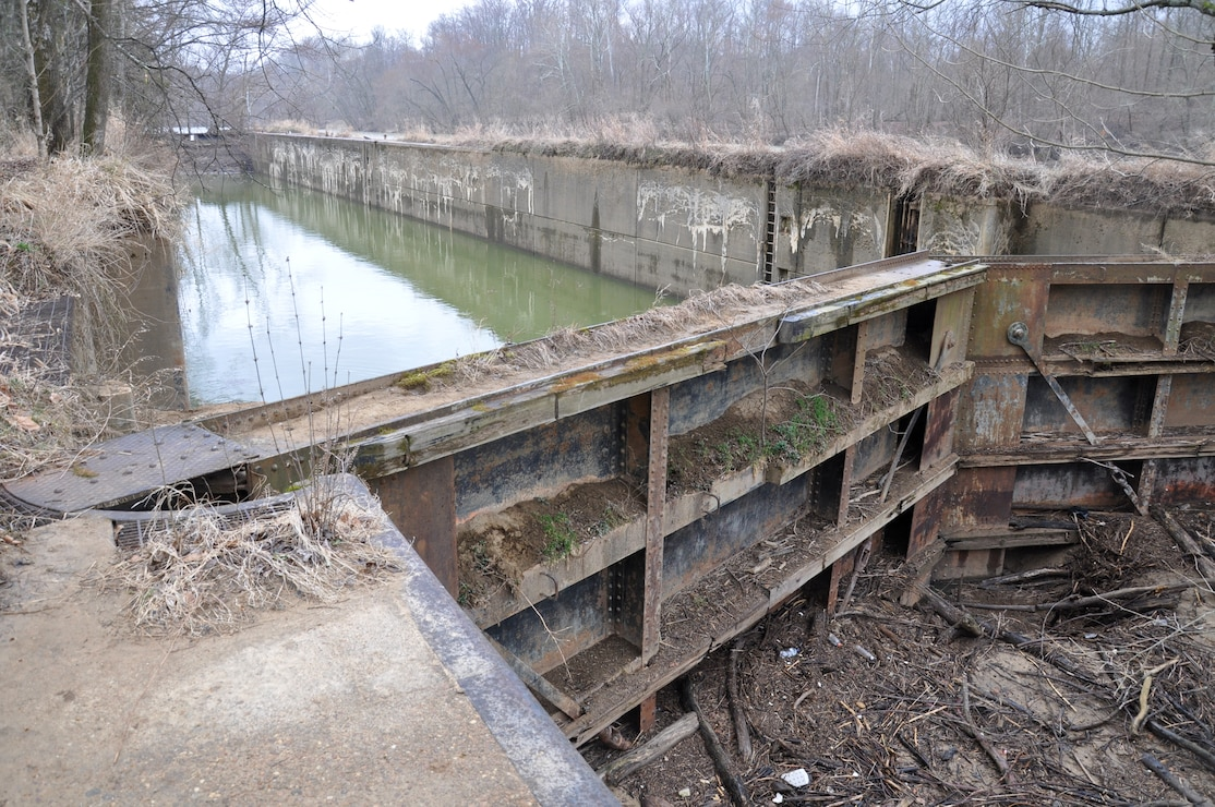 Green River Lock 5, near Glenmore, Kentucky, was part of a disposition study to determine the possibility of deauthorization and disposal of the existing navigation facilities. An uncontrolled breach Green River Lock and Dam No. 6 near Brownsville, Kentucky occurred in November of 2016. Federal legislation in December 2016 deauthorized the dam from the Corps inventory and directed its removal.