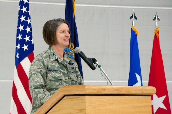 Col. Sherrie L. McCandless addressed Airmen of the 124th Fighter Wing, Idaho Air National Guard, at the ceremony where she assumed command from Col. Christopher D. Rood at Gowen Field, Boise, Idaho March 2, 2014. Col. McCandless previously served at the National Guard Bureau. (Air National Guard photo/Master Sgt. Becky Vanshur)
