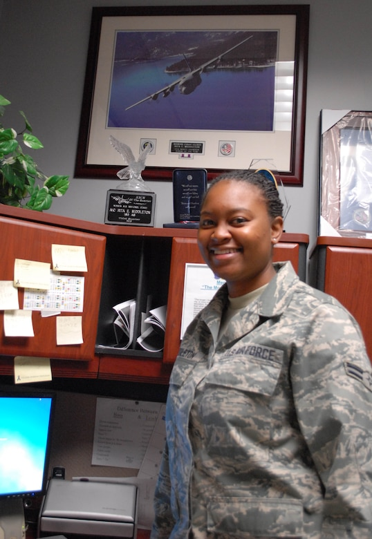 Airman 1st Class Rita Middleton in the Aviation Resource Management office in the 192nd Airlift Squadron. (Photo by Master Sgt. Suzanne Connell, 152nd Airlift Wing Public Affairs. RELEASED)