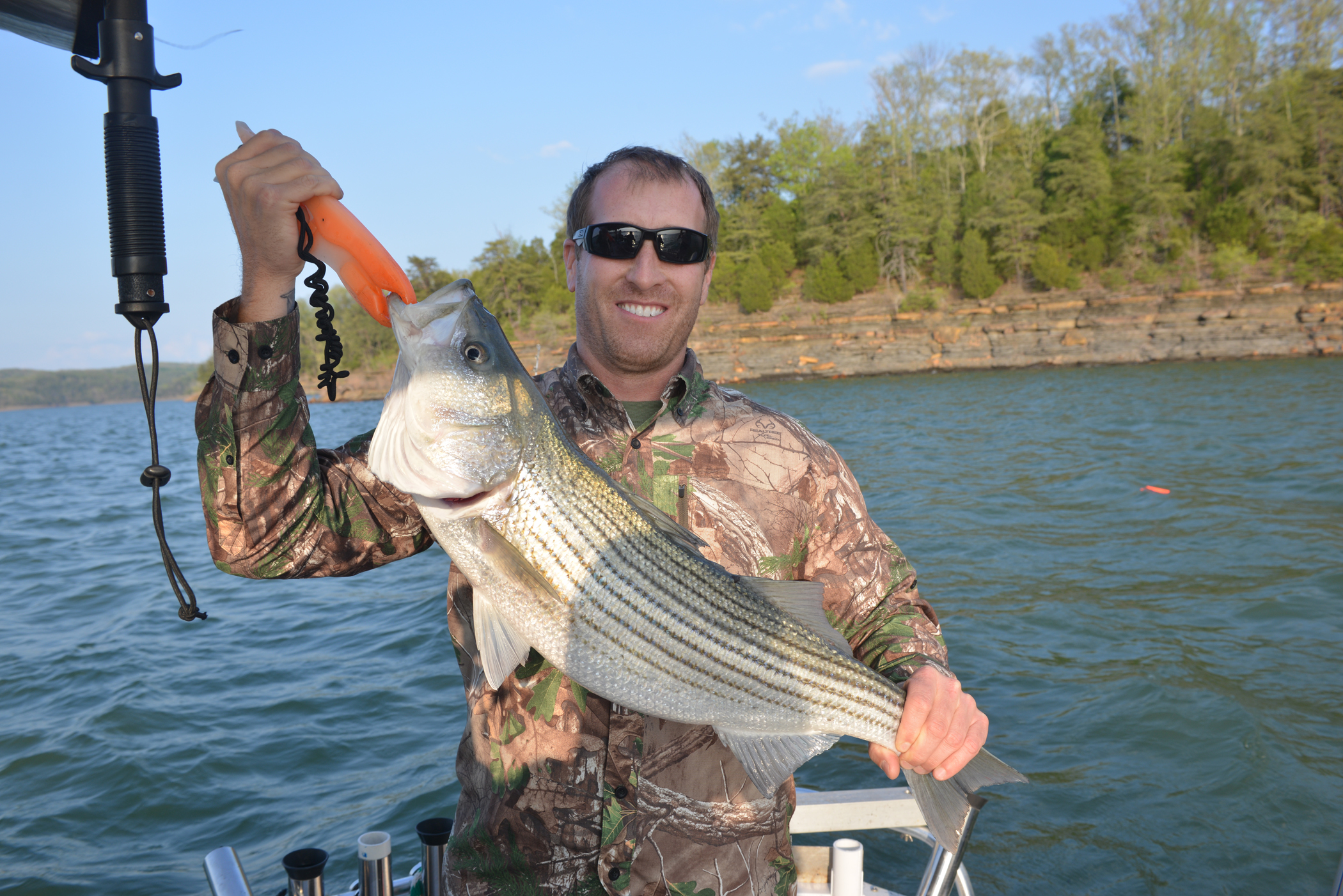 Wounded warriors outdoors find therapy in hunting fishing for Lake cumberland fishing