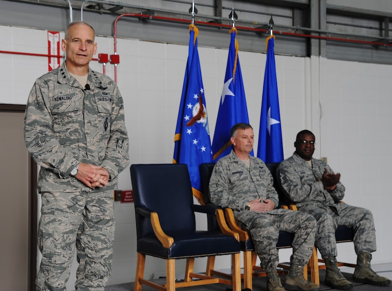 Lt. Gen. James Kowalski, U.S. Strategic Command deputy commander, addresses Team Whiteman during a Omaha Trophy presentation at Whiteman Air Force Base, Mo., April 28, 2014. Kowalski thanked Team Whiteman for all the contributions to the Air Force mission and their dedication to excellence. The 509th Bomb Wing supports USSTRATCOM's strategic deterrence mission by operating and maintaining B-2 Spirit bombers to deter strategic threats from adversaries and assure our allies of our commitment to their security. (U.S. Air Force photo by Senior Airman Bryan Crane/Released)