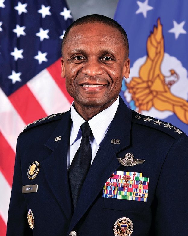 AMC Commander Gen Darren McDew