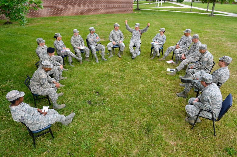 MCGHEE TYSON AIR NATIONAL GUARD BASE, Tenn. - Tech. Sgt. Donald O. Noel, instructor, discusses social media do's and don't's in the military with NCO Academy Class 14-5, B-flight, on the I.G. Brown Training and Education Center campus here, May 9, 2014. (U.S. Air National Guard photo by Master Sgt. Kurt Skoglund/Released)