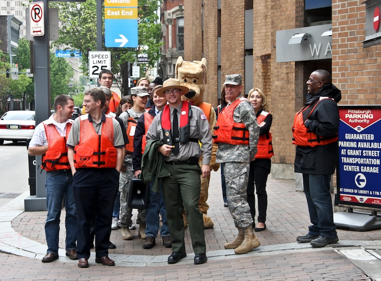 Members from the Pittsburgh District donned their lifejackets and took to the city streets to raise awareness not only for Wear Your Lifejacket to Work Day, May 16, but as a kickoff to National Safe Boating Week, May 17 – 23.