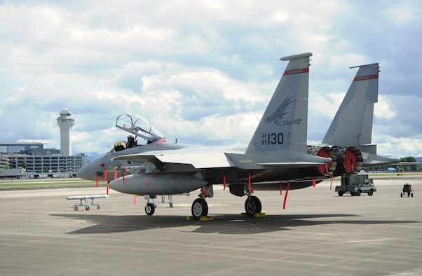 An Oregon Air National Guard F-15 Eagle, assigned to the 142nd Fighter Wing, 