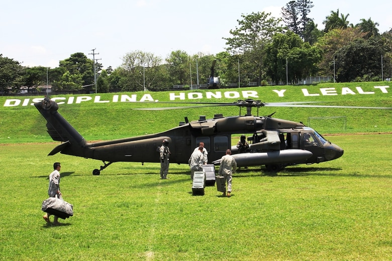The SOUTHCOM Situational Assessment Team redeploys to Joint Task Force-Bravo, Honduras May 15 on a Blackhawk UH-60. The SSAT was deployed for the first time for FA-HUM 2014, a humanitarian and disaster relief exercise in San Salvador, El Salvador.  (Photo by U. S. Army Lt. Col. Carol McClelland)
