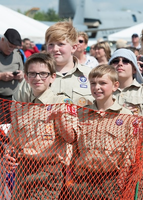 A group of young air show spectators look on as the United States Air Force Thunderbirds prepare for takeoff May 18, 2014, here. The Thunderbirds came to Youngstown Air Reserve Station to perform at the 2014 Thunder Over the Valley Air Show May 17 and 18. U.S. Air Force photo/Eric M. White