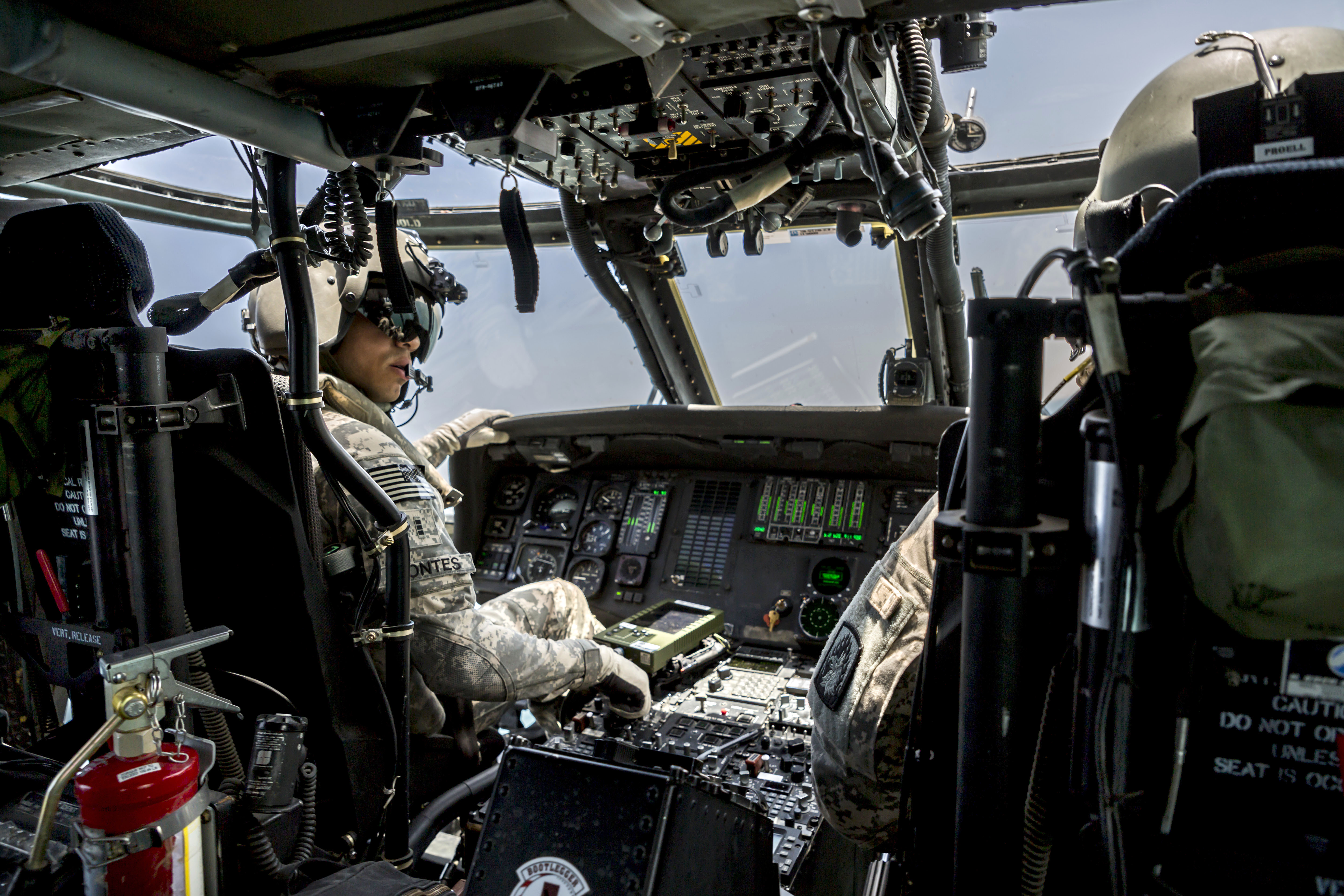 Differences in Helicopter Pilot Training