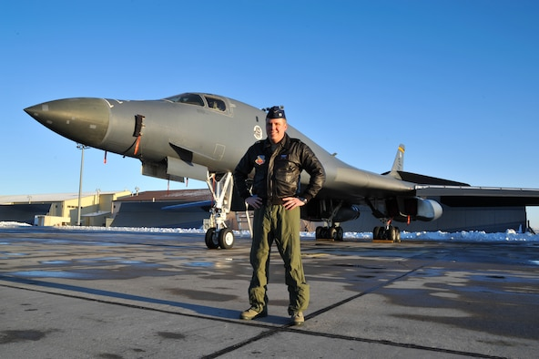 Capt. Mark Gongol helped land a commercial 737 Dec. 30, 2013, when the pilot had a medical emergency. Gongol is a B-1B Lancer pilot and the 13th Air Support Operations Squadron assistant director of operations at Fort Carson, Colo. (Courtesy photo)