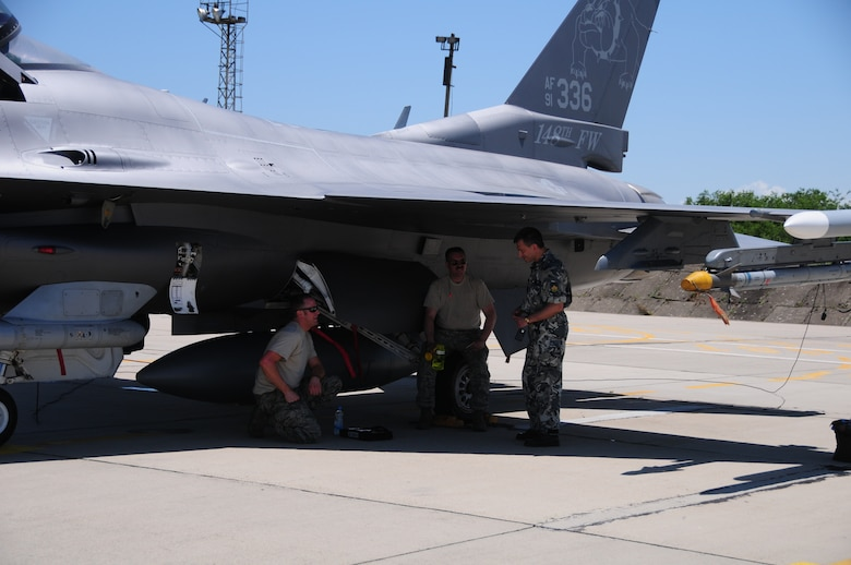 Members of the 148th Fighter Wing, Minnesota Air National Guard joined the Thracian Star 2014 multi-lateral total force exercise taking place May 25-June 4 in Bulgaria. The 148th FW sent an 8-ship of F-16 Block 50s along with 120 Airmen. (U.S. Air Force photo/ Capt. Jodi Kiminski)