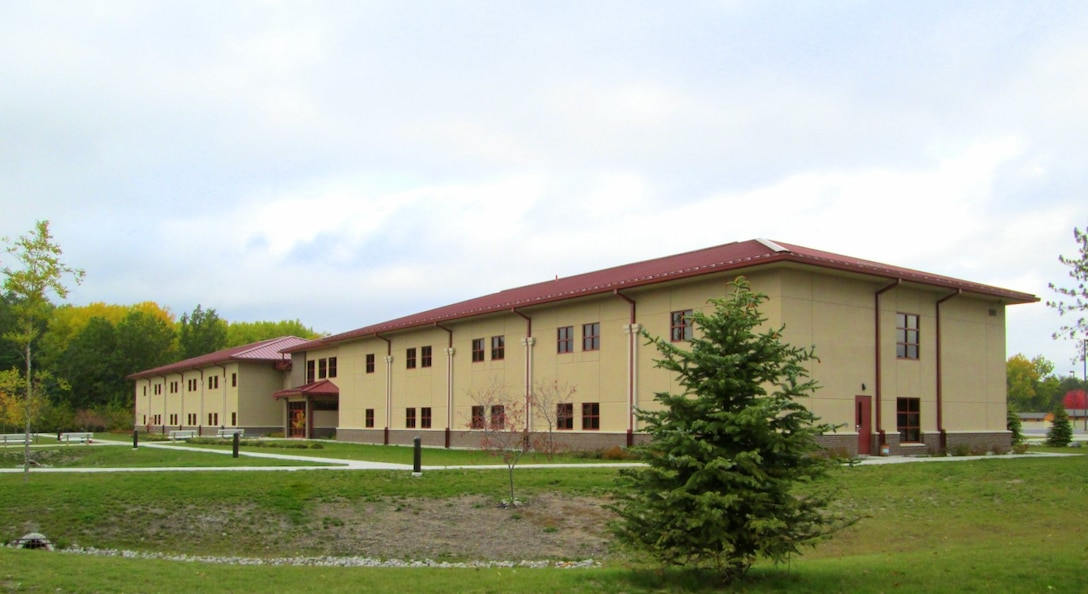 Troop Quarters with space for 159 personnel( 7 single DV rooms)