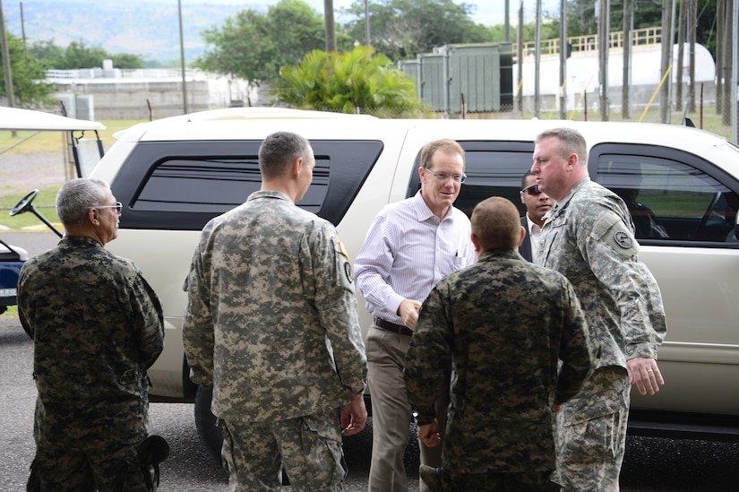 James Nealon, U.S. Ambassador to Honduras is welcomed by both senior Honduran military leaders and U.S. military leaders at Soto Cano Air Base, Honduras, Nov. 14, 2014.  Nealon joined over 40 other leaders from around the Republic of Honduras for Joint Task Force-Bravo's Honduran Leaders' Day.  Honduran Leaders' Day was initiated to educate local and national civic leaders on the mission and capabilities of JTF-Bravo and Soto Cano Air Base. (U.S. Air Force photo/Tech. Sgt. Heather Redman)