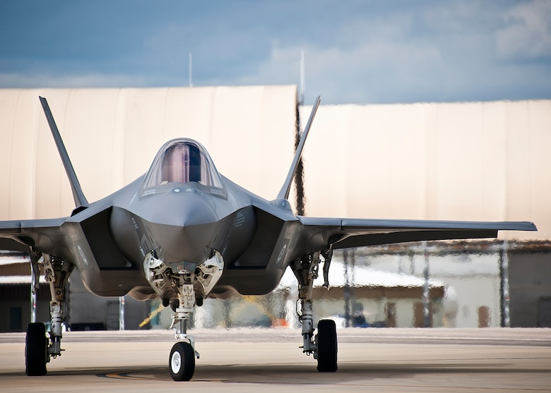 An F-35A Lightning II pilot turns his aircraft along the yellow taxi line on the 33rd Fighter Wing flightline at Eglin Air Force Base, Fla.  (U.S. Air Force photo/Samuel King Jr.)