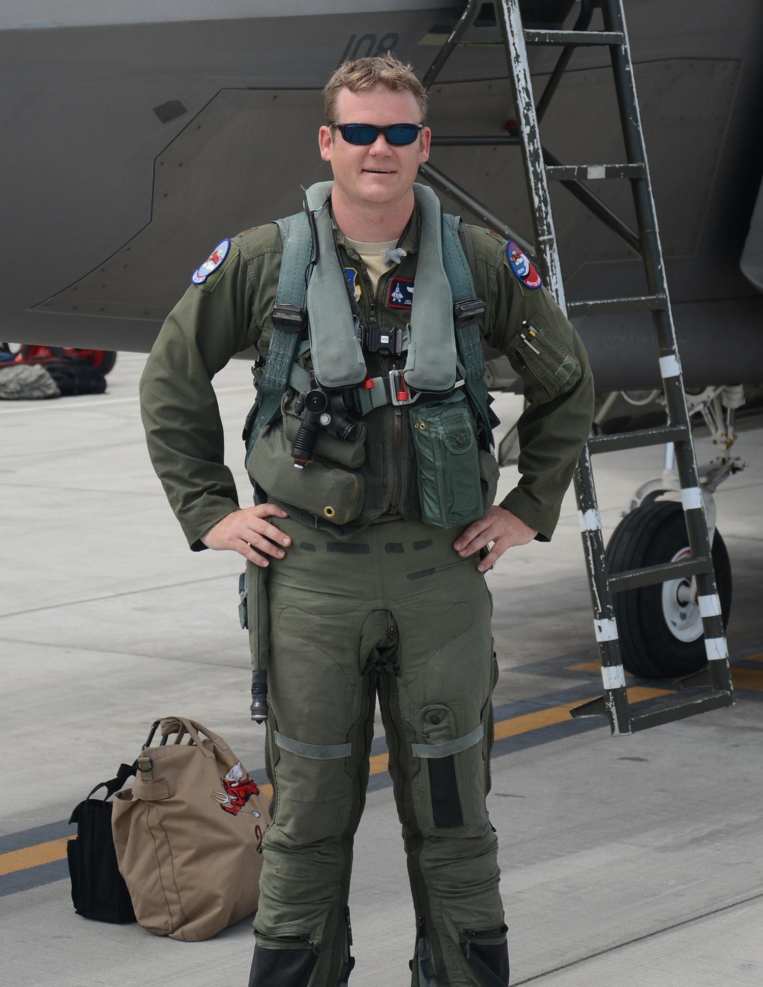 Pics For > Usaf Fighter Pilot F 22 Usaf Fighter Pilot F 22