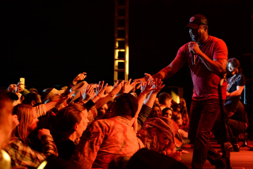Country music star Darius Rucker performs during a concert Nov. 14, 2014, at Hangar One at Spangdahlem Air Base, Germany. More than 500 Sabers attended the concert. (U.S. Air Force photo by Airman 1st Class Dylan Nuckolls/Released)