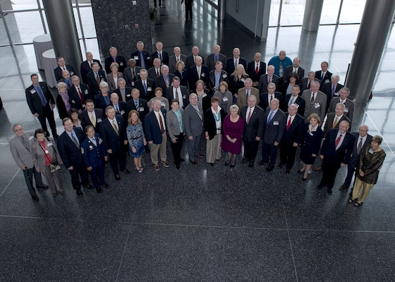 Former DIA leaders and members of the Defense Intel Alumni Association returned to the agency Nov. 13 for the annual DIA Day event.