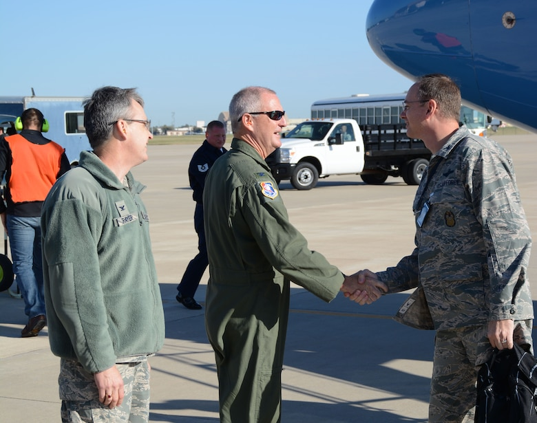 """Col. Brian S. Davis, 507th Air Refueling Wing commander greets Col. John Russell, the Air Force Reserve Command Inspector General team chief here Oct. 31. The 40 person AFRC IG General team inspected the 507th Air Refueling Wing Oct. 31 - Nov. 4 for the new unit effectiveness inspection capstone event as part of the new Air Force Inspection System.  The 507th received an overall """"effective"""" rating by the IG.  (U. S. Air Force Photo/Senior Airman Mark Hybers)"""