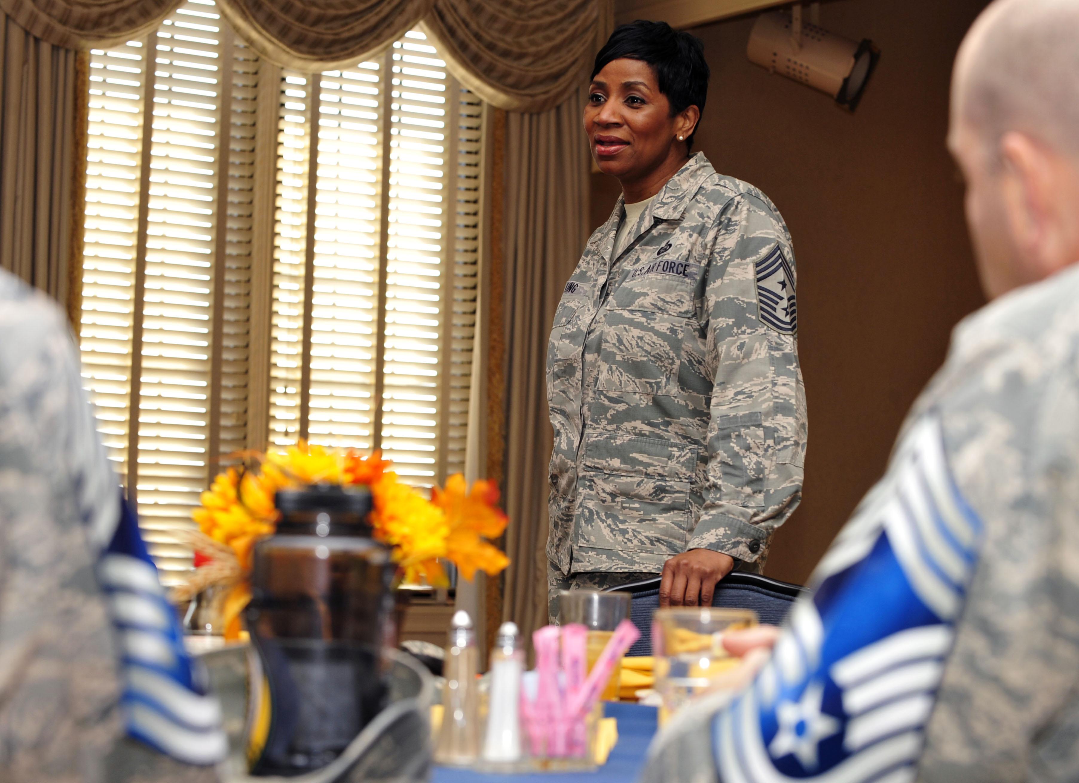 Nett Air Force First Sergeant Lebenslauf Beispiele Ideen - Beispiel ...