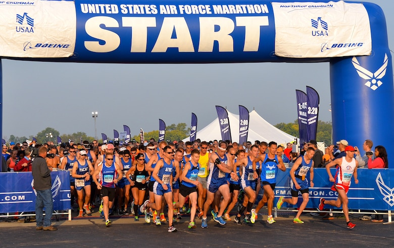 Participants, including the Pacific Air Forces team, begin the Air Force Half Marathon, Wright-Patterson Air Force Base, Ohio, Sept. 20, 2014. The PACAF team won 1st place in the half marathon Major Command team challenge. (Courtesy photo from Lois Johnson)
