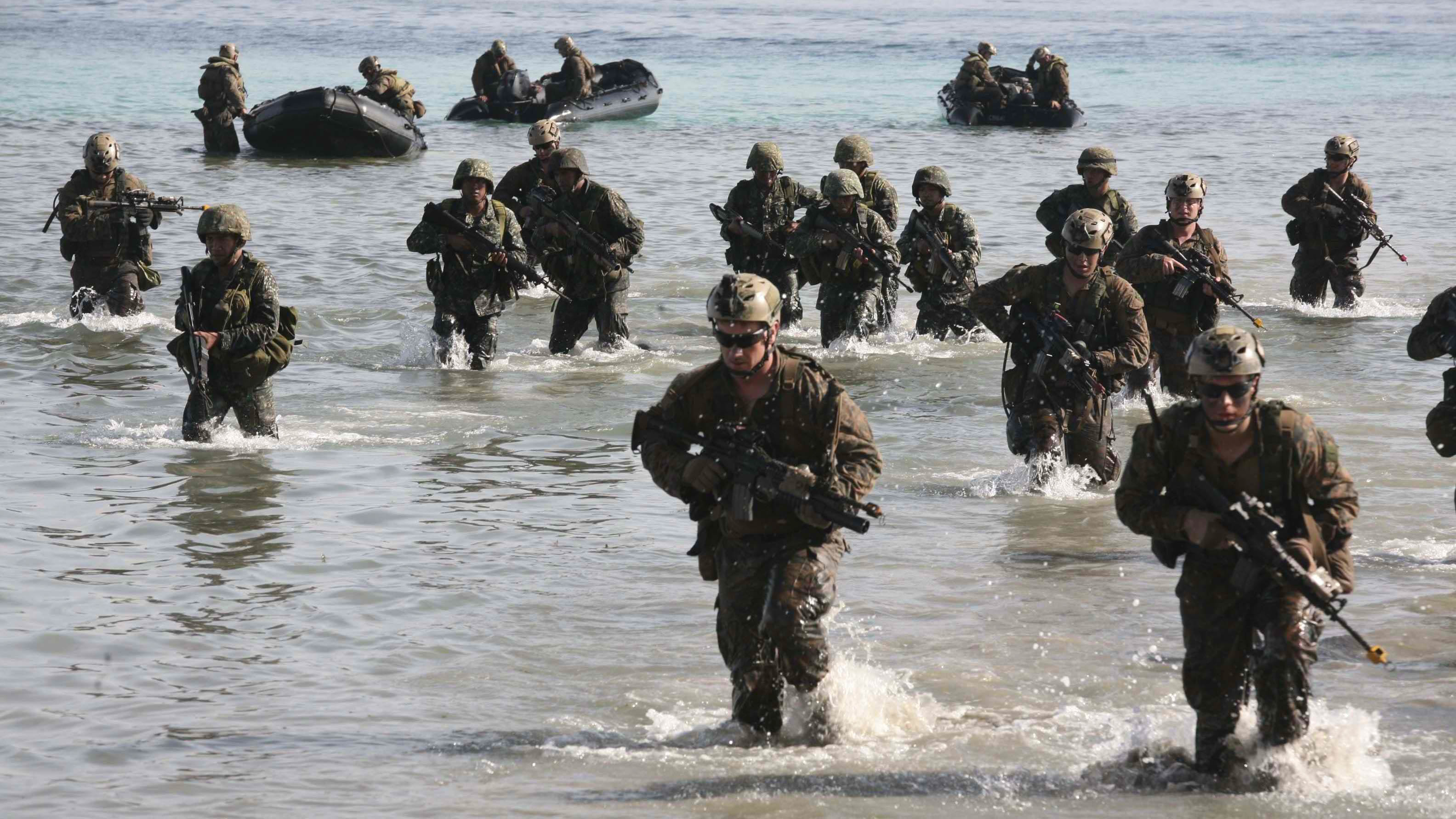 Philippine, US Marines sharpen amphibious operations ...
