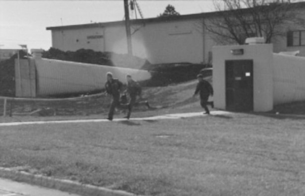 Aircrew responds to the Klaxon call ... at the time, the 190th was attachd to Strategic Air Command.