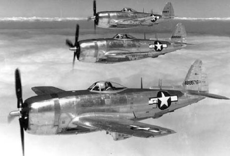 Republic P-47N-5 three ship formation (S/N 44-88576, 88589, 88577). (U.S. Air Force photo)