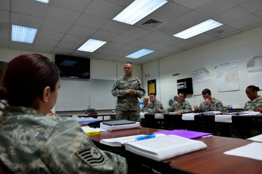 MCGHEE TYSON AIR NATIONAL GUARD BASE, Tenn. -- Tech. Sgt. Michael Hubbard teaches a lesson to his NCO Academy flight Oct. 2 here at the I.G. Brown Training and Education Center. Hubbard is a regular Air Force NCO Academy instructor stationed at Sheppard Air Force Base, in Texas. He served on temporary duty as an enlisted professional military education instructor for the Paul H. Lankford Enlisted PME Center. (U.S. Air National Guard photo by Master Sgt. Jerry Harlan/Released)