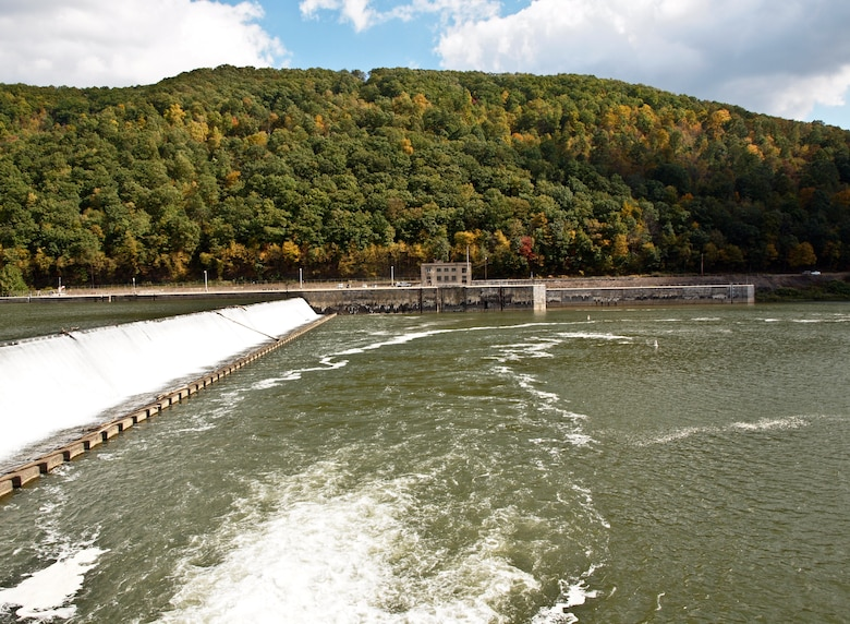 As a part of the Dam Safety Program, members of the U.S. Army Corps of Engineers Pittsburgh District conducted a periodic inspection of Allegheny River Lock and Dam 9, located in Templeton, Pennsylvania, Oct. 8.