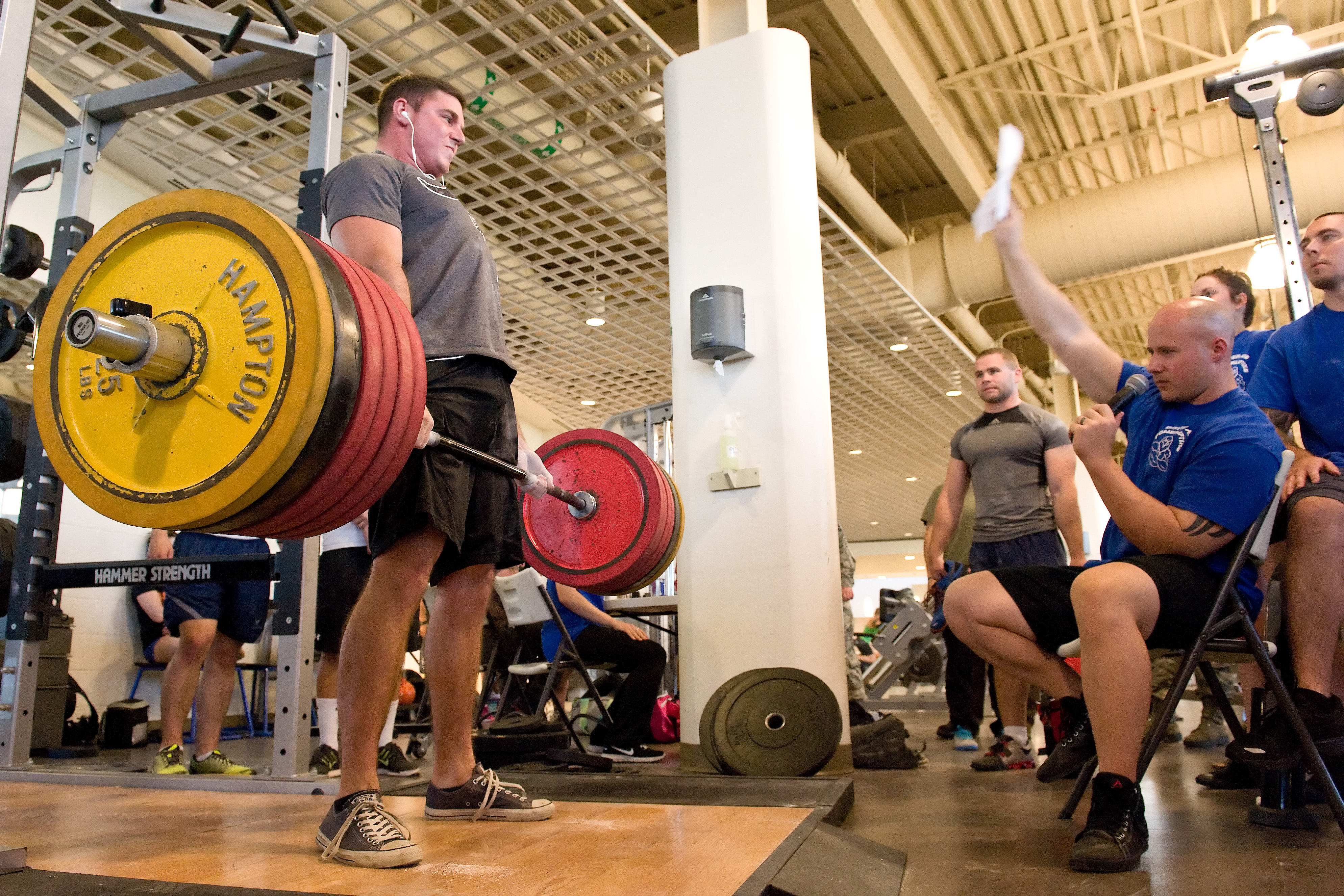 Snapshot: Team Dover powerlifters give max effort > Dover