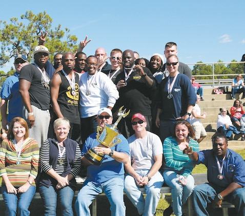 Distribution Management Center personnel receive the coveted overall winner for ERD 2014 and earn bragging rights.