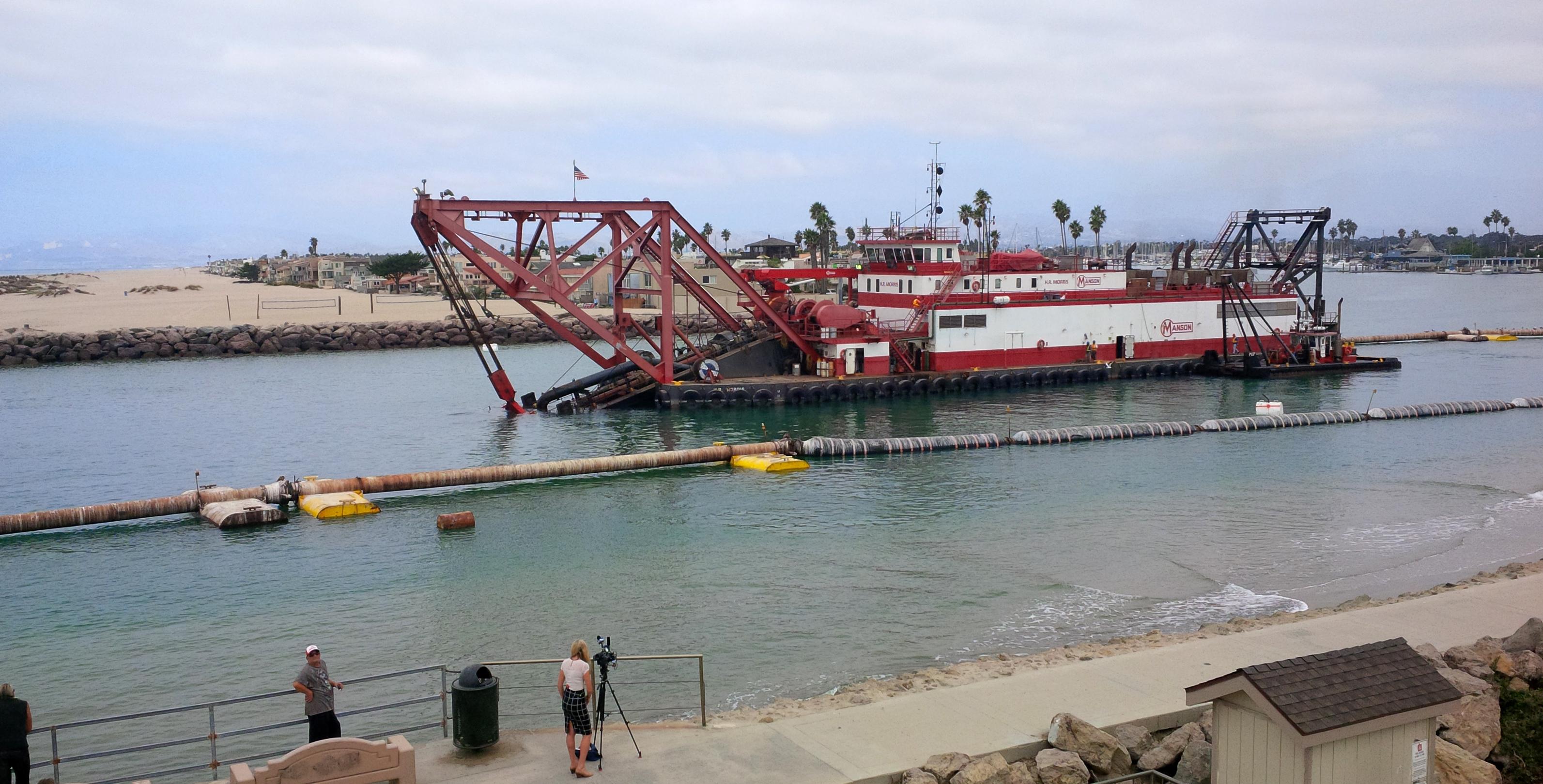 Channel Islands dredging begins > Los Angeles District > Los