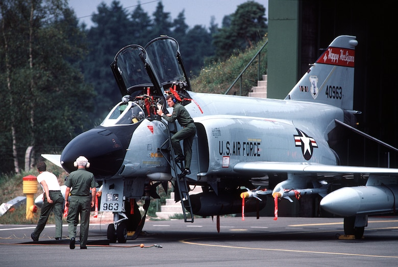 Maintenance crews prepare an ANG F-4D Phantom II aircraft for launch during Creek Klaxon, a deployment where Air National Guard units from 20 states were sent to temporarily assume the Zulu Alert duties of the 526th Tactical Fighter Squadron (USAFE) at Ramstein Air Base, Germany, from 1 April 1986 to 1 April 1987.