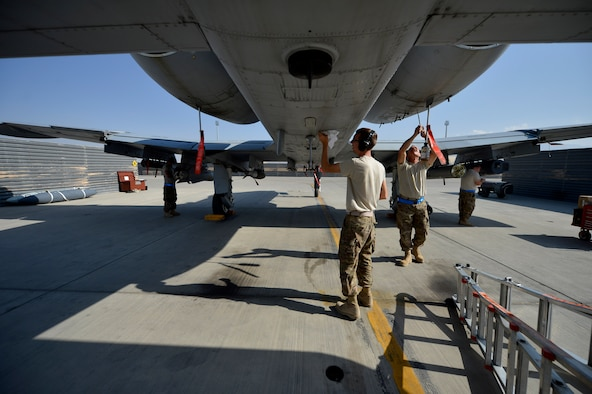 Tactical Aircraft Maintainers keep'em flying > U.S. Air Forces ...