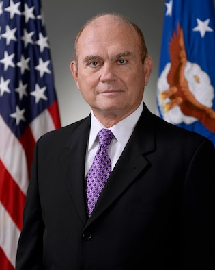 Official Air Force Image: Honorable Gordon Tanner Bio Photo
