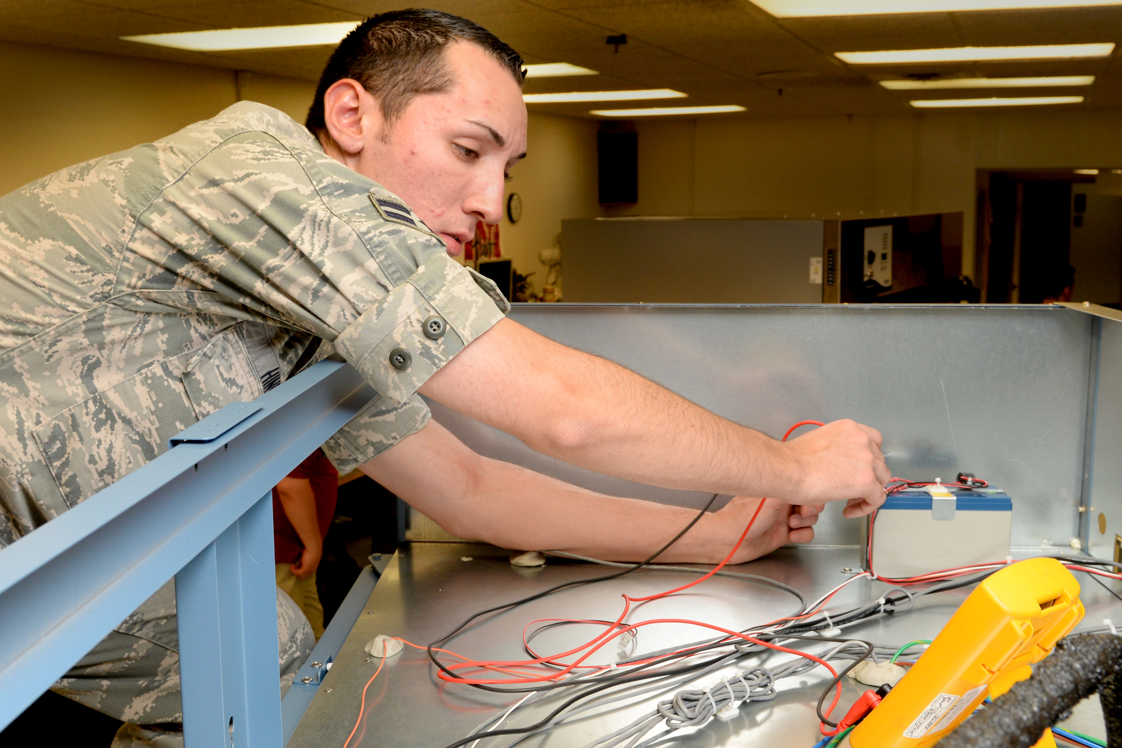 Medical equipment repair shop keeps mission going > Scott