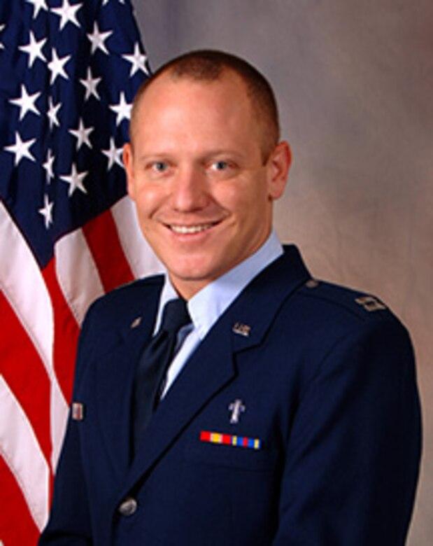 Chaplain (Capt.) Matthew Hoshor