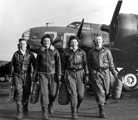 """A Women's Airforce Service Pilots flight team walks from the """"Pistol Packin' Mama."""" (Photo courtesy/WASP Museum)"""