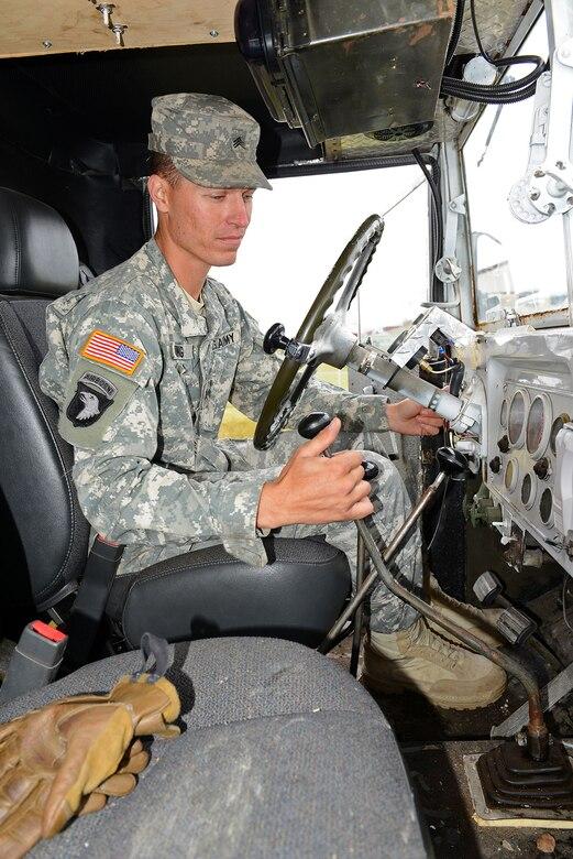 army vehicle mechanic job description