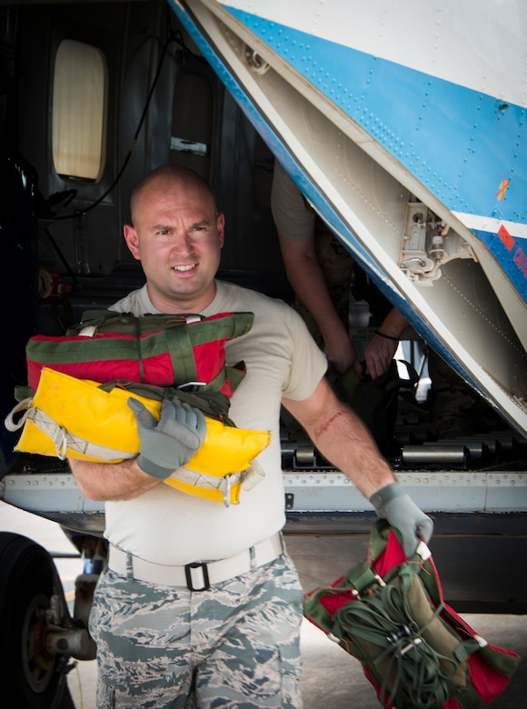 Senior Airman Daniel Spiker, 919th Special Operations Logistics Readiness Squadron, prepares a C-145 Sept. 15, at Duke Field, Fla. The Airmen of the SOLRS prepare and load an average of 24 to 48 loads per week to help train pilots and loadmasters from the 5th, 6th, and the 711th Special Operations Squadron. (Air Force photo/Tech. Sgt. Jasmin Taylor)