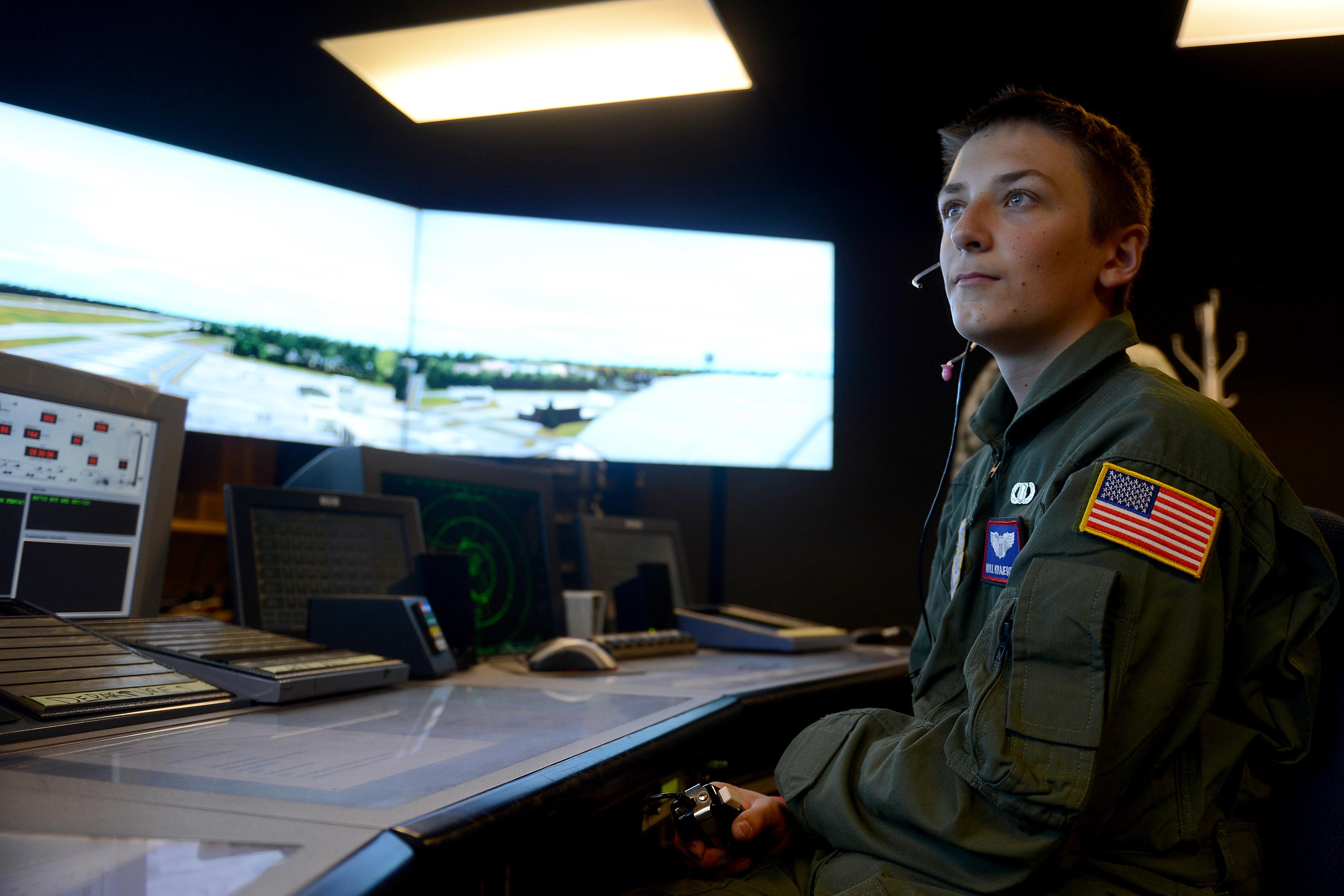 Air traffic control simulation