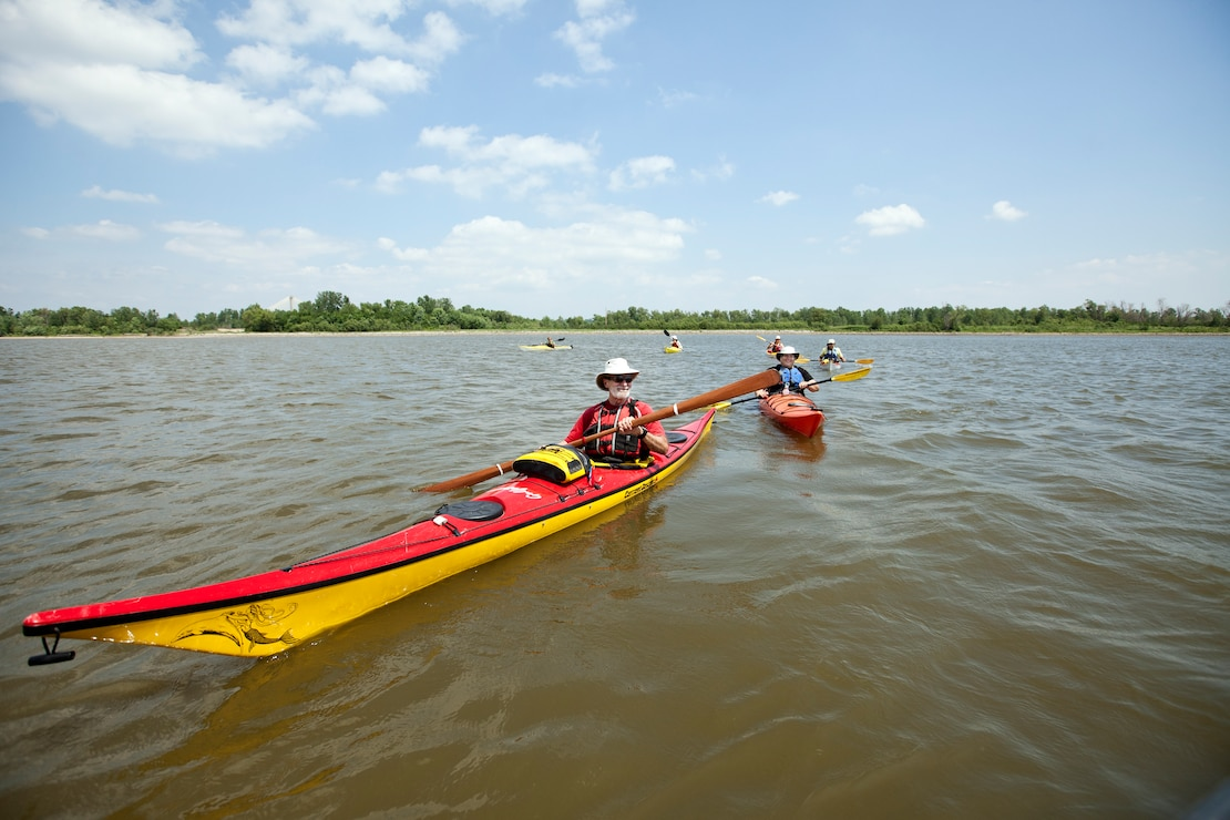 Paddling on the Mississippi River