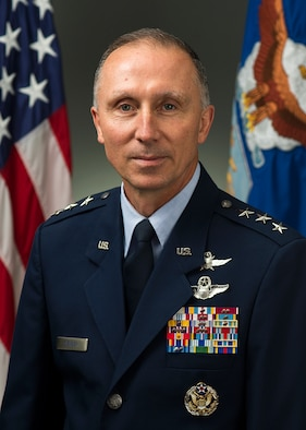 Lt. Gen. William Bender was photographed in the Pentagon on September 25, 2014. (U.S. Air Force photo/Jim Varhegyi)